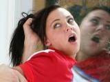 Vidéo porno mobile : Défoncée par son idole! Ça va être mémorable!